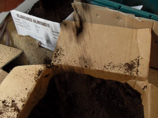 coffee grounds box