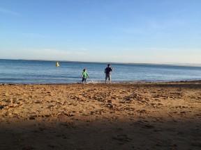 kids battle the beach
