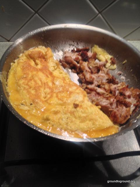 quail-chicken-meat-omlette
