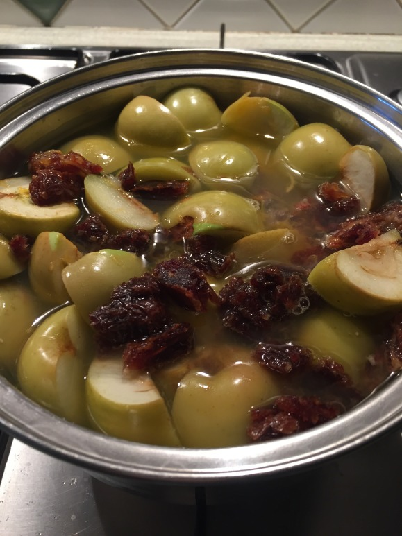 home-grown-apple-compote