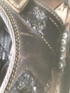 Sandals with screws repair
